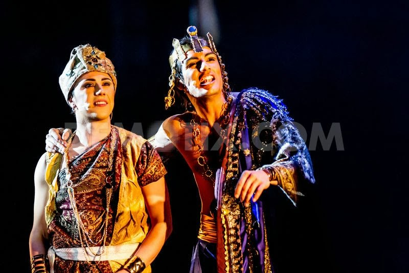 1360597311-siddharta-the-musical-at-teatro-degli-arcimboldi-in-milano_1788568